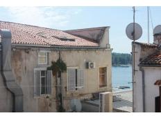 KP - 083, Poreč – stari grad, kuća na četiri etaže.